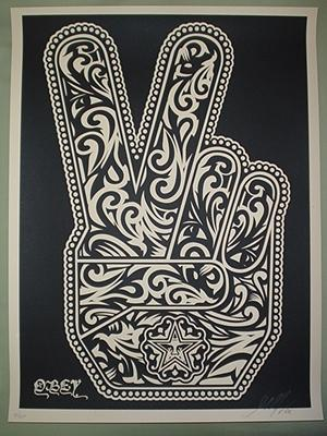 Shepard Fairey, Peace Fingers Black